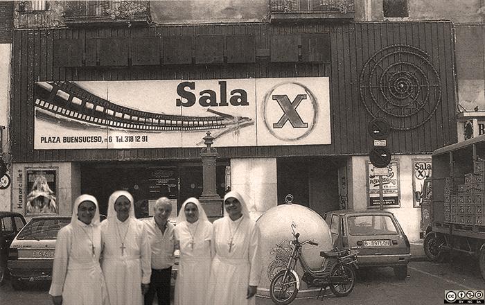 Sala-X-BCN monjas