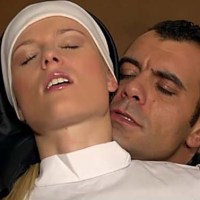 El cura y la monja